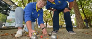 Nauurspeeltuin en jeu de boulebaan Ubbergseveldweg: plezier voor jong en oud: verbinding  - jeu_de_boule