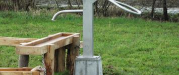 Waterpomp voor kinderspeelplek - Grondwaterpomp