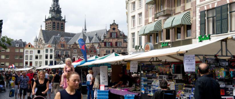 2012-08-22---grote-markt-markt